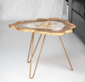 Stół z żywicy – złota kieszeń